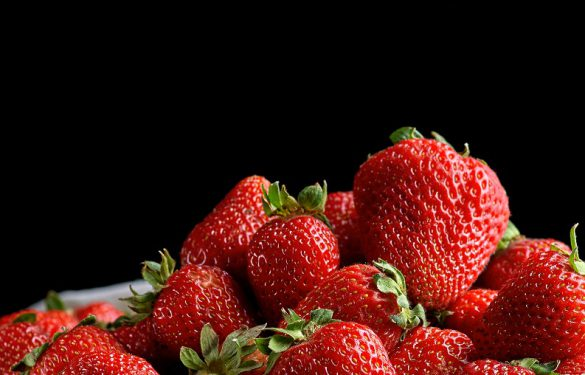 How to prolong the life of strawberries?