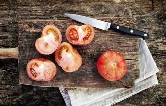 Как снять кожицу с помидоров?